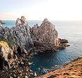 Falaises rocheuses en bord de mer