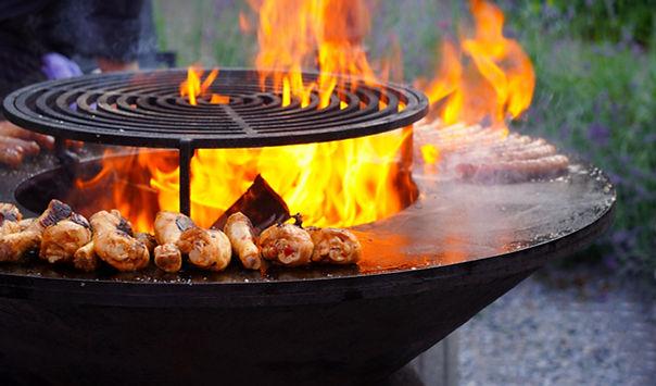 Пылающее мясо барбекю