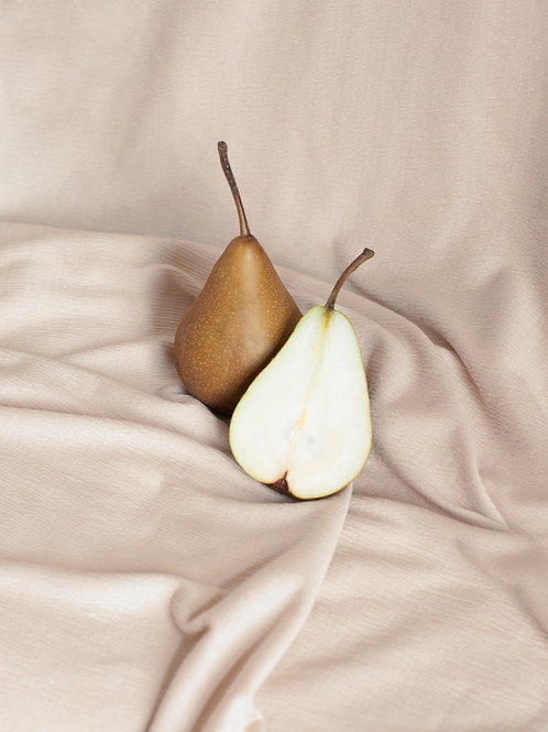 Pear - conference x 1