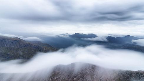 Ovanför molnen