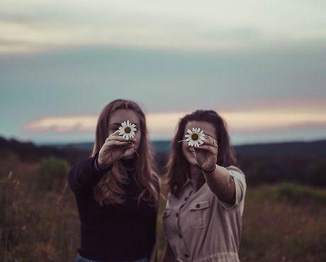 Mulheres com flores