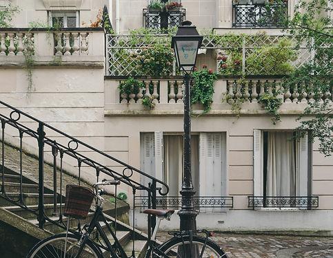 魅力的なフレンチタウン