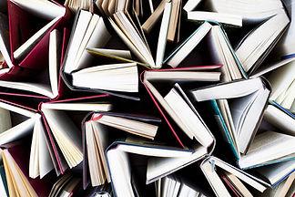 Livros abertos