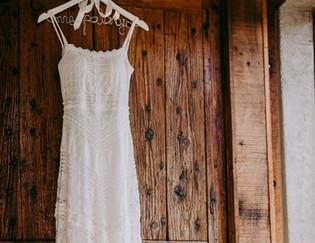 Trek het bruiloftskleed aan