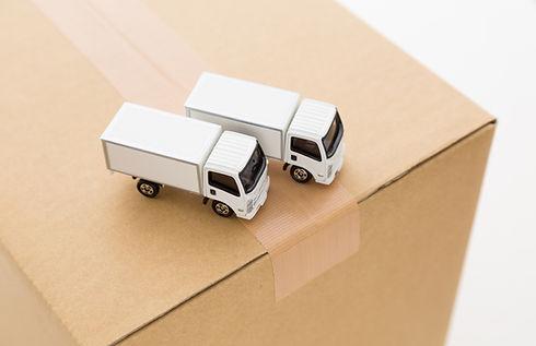トラック 配送