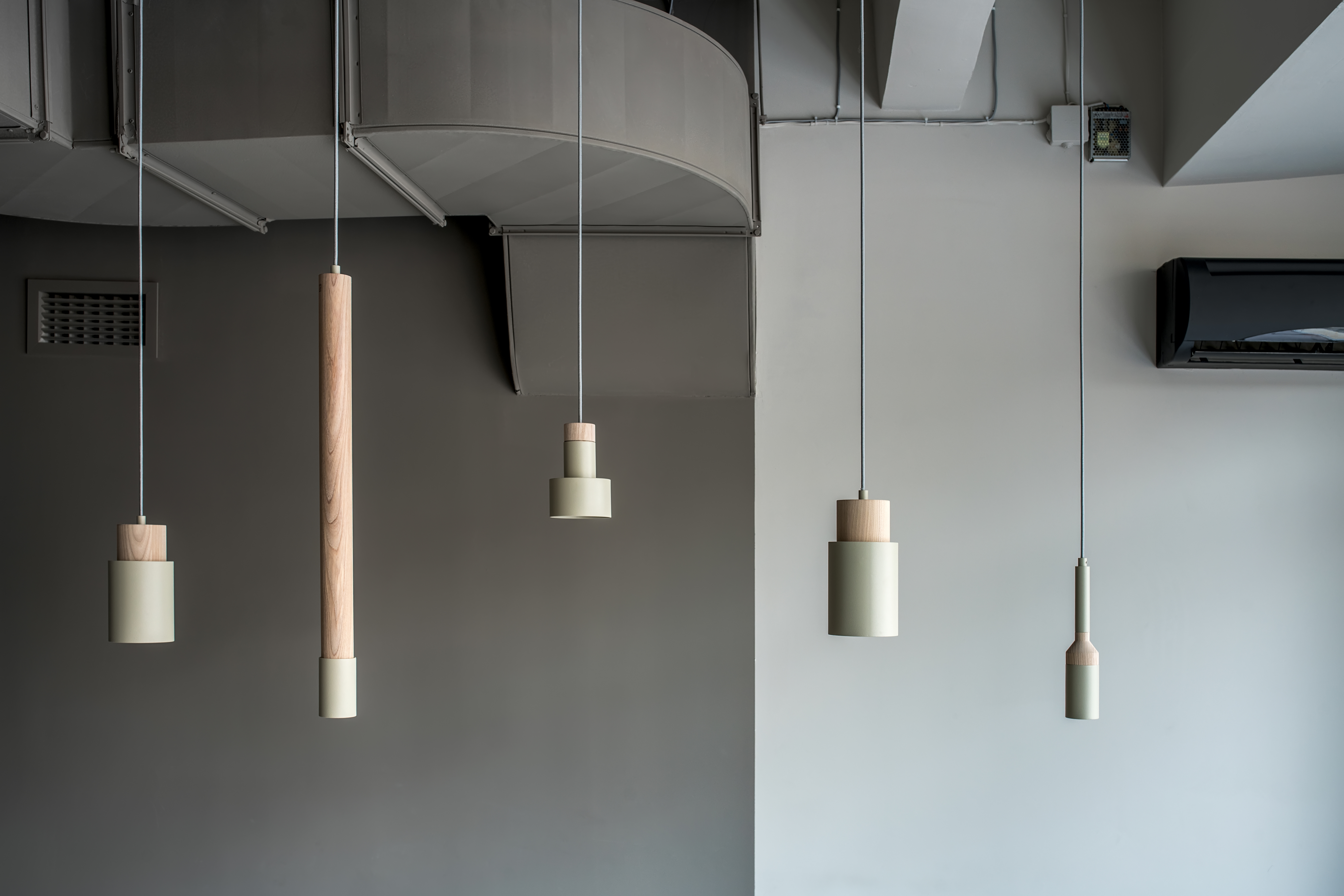 Metallic Wooden Lamps