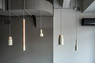 Lâmpadas de madeira metálicas