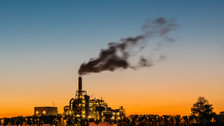Childhood air pollution exposure linked to poor mental health later in life