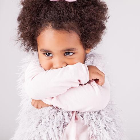 Verlegen kind