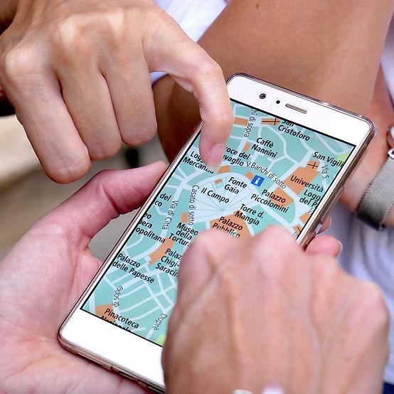 携帯で地図を読む