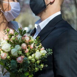 Maskeli Düğün