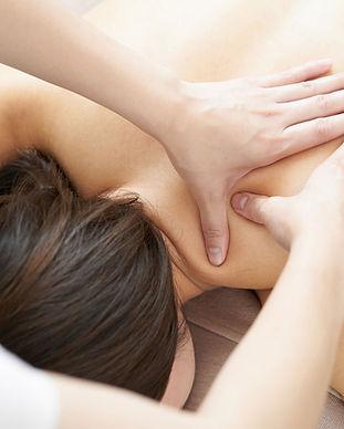 Massagem no Ombro