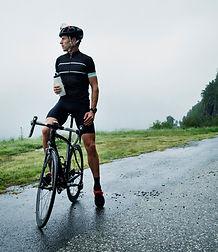男性サイクリスト