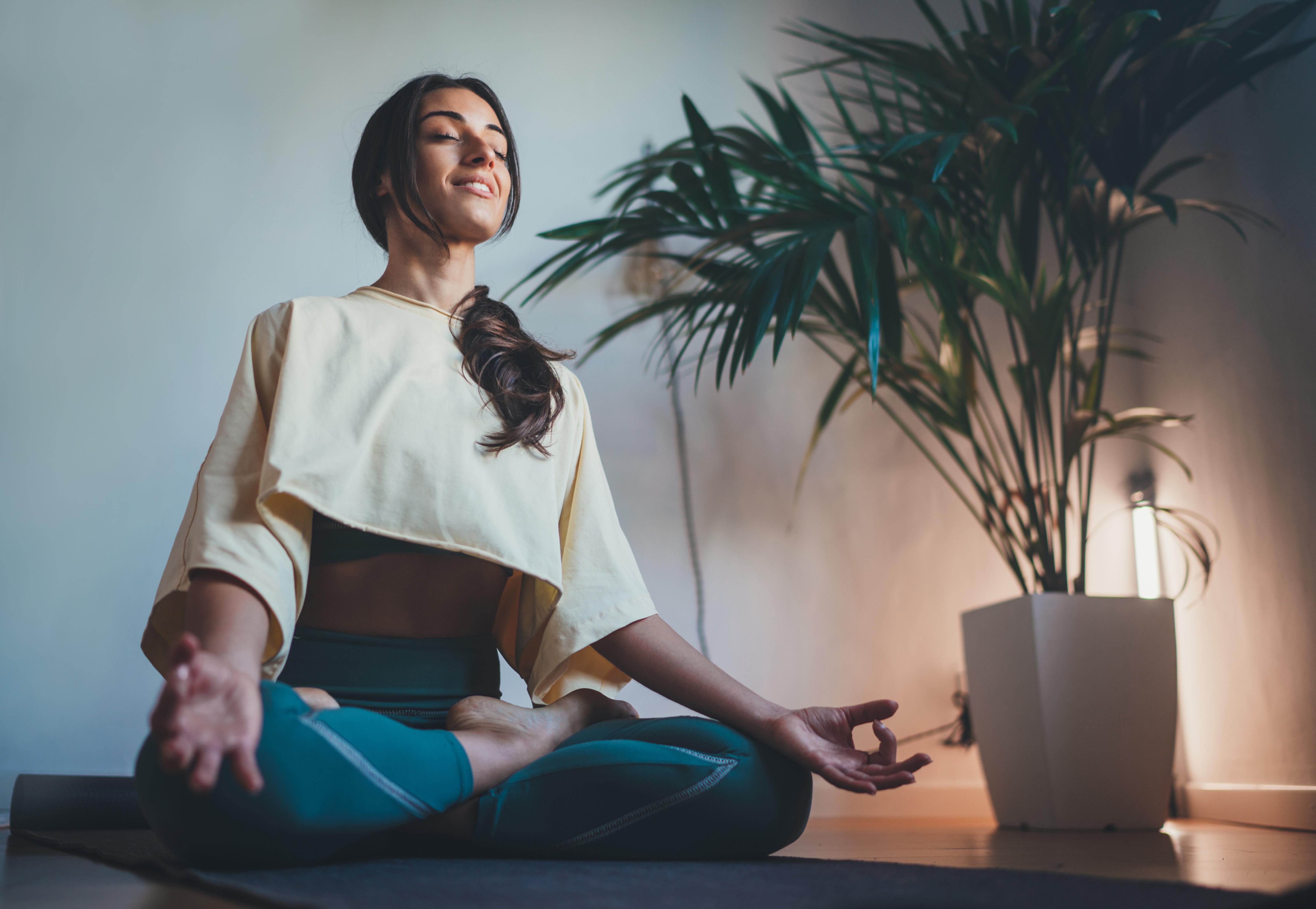 贅沢パーソナル瞑想ヨガ&マッサージ