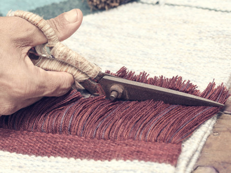 Making fakes and copies of antique rugs in Turkey