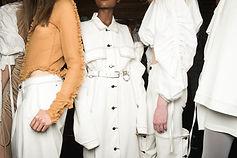 Vestito di bianco