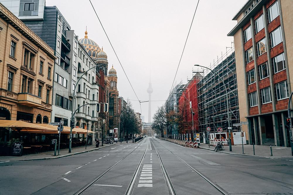 deserted high street image