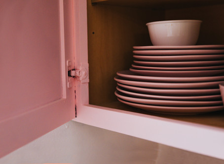 Use of Pink in Kitchen Cabinets