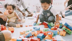 """רכושנות: שלב בהתפתחות החברתית של ילדים. ראיון עם אביטל יעקובי למגזין """"להיות הורים"""""""