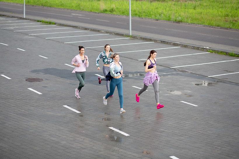 Kız Koşu Grubu