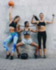 Frauen in Fitnesskleidung