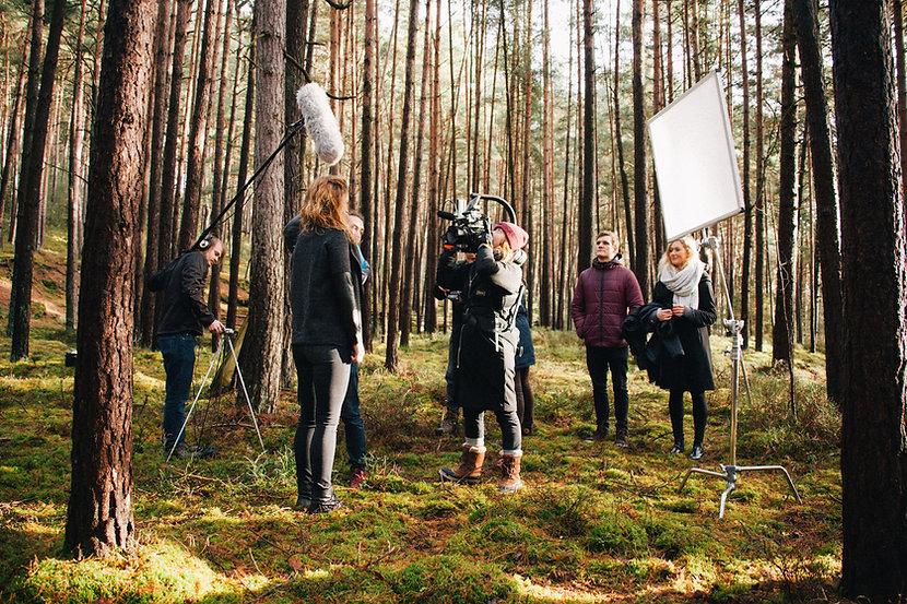 Ambassadeurs, Filmmakers, Storytellers Créateurs de contenu visuel, notre mission est de vous faire découvrir des Destinations plein air à travers nos chroniques et les contenus qui en découlent.