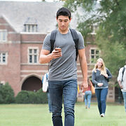 携帯電話の学生