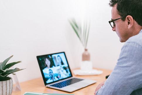 Онлайн-встреча. Удобная онлайн запись. Видео уроки. Подготовка к экзаменам.