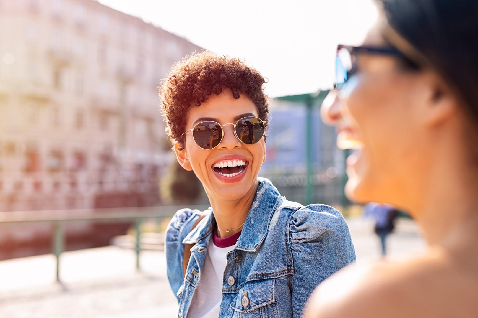 Rire des amis