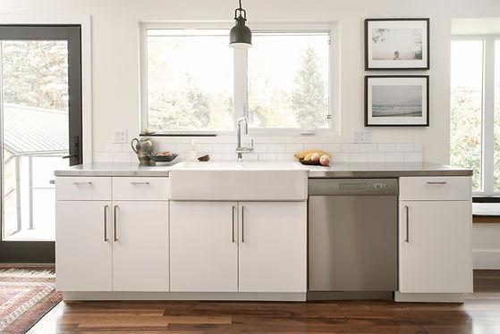 white custom cabinets for kitchen