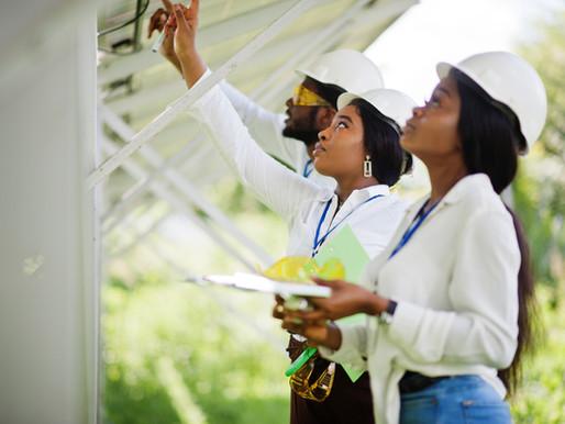 Saiba porque a instalação de painéis solares valoriza o seu imóvel.