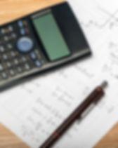 Formules mathématiques et une calculatri