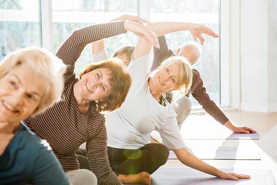 Třída jógy pro seniory