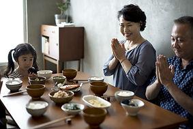 食べ物を祝福する