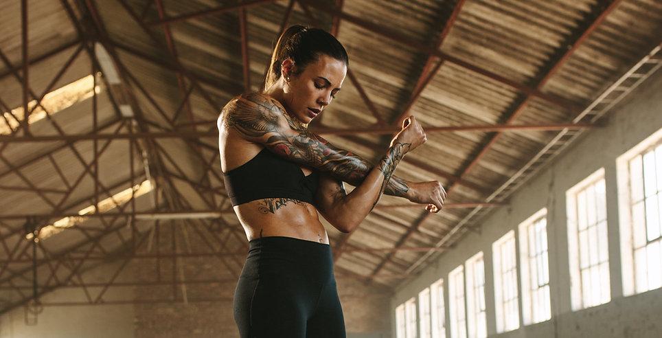 Entraîneur de fitness féminin