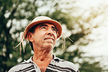 Homem com o chapéu