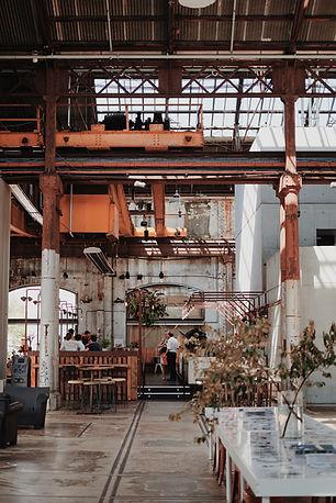 倉庫レストラン