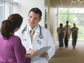 医療現場におけるボディランゲージの重要性