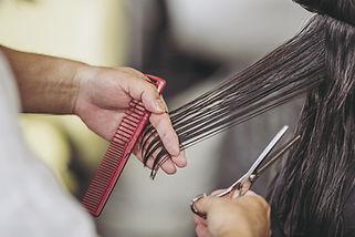 Haarschnitt einer Frau ' s