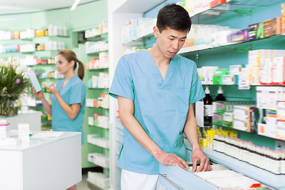 Organizando a gaveta da farmácia