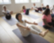 Divertimento allo Yoga