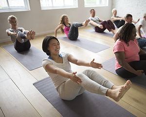 Divertimento allo Yoga