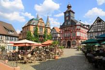 ArbG Siegburg, 16.12.2020 - 4 Ga 18/20: Maskenpflicht im Rathaus