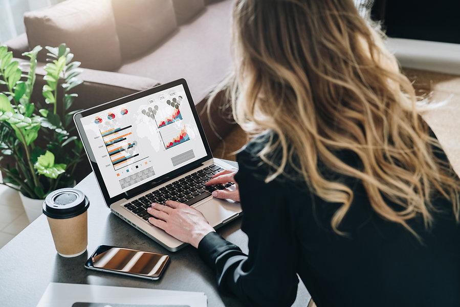 IllisHUB freelance webdesigner and online marketing specialist