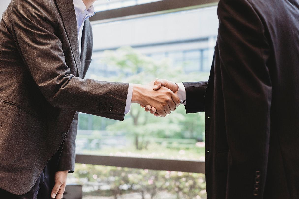 Uścisk dłoni, współpraca