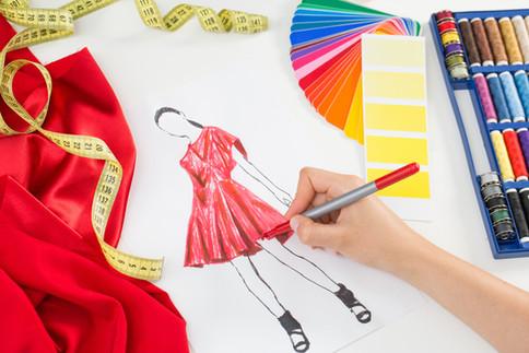 Ein Kleid skizzieren