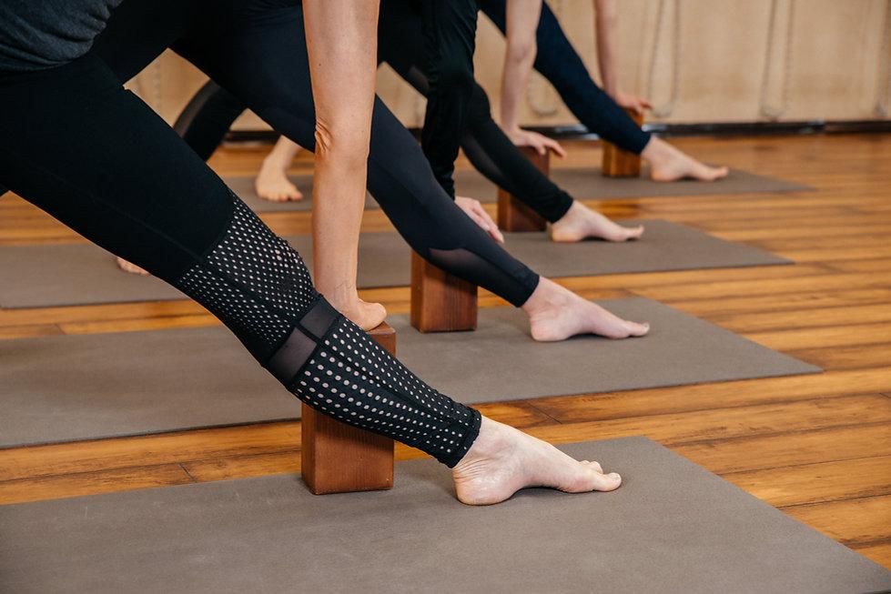Triangolo di lezione di yoga Iyengar