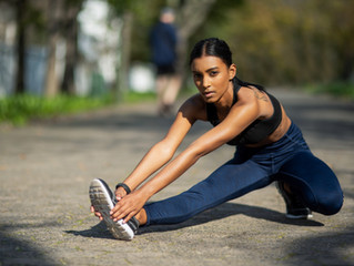 How Should I Stretch Before Exercise to Avoid an Injury?
