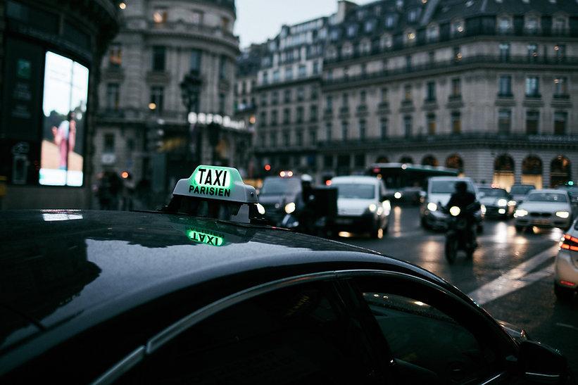 Taxi dans Paris