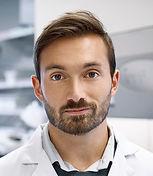 Молодой врач